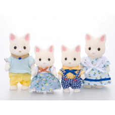 Sylvanian Families Golightly Silk Cat Family