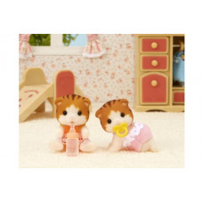 Sylvanian Families Maple Cat Twin Babies